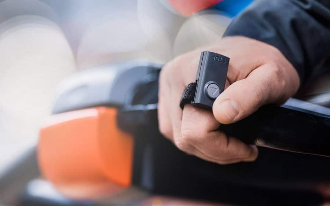 T-Mote: Un control remoto de carretillas pequeño, ergonómico y fácil de usar